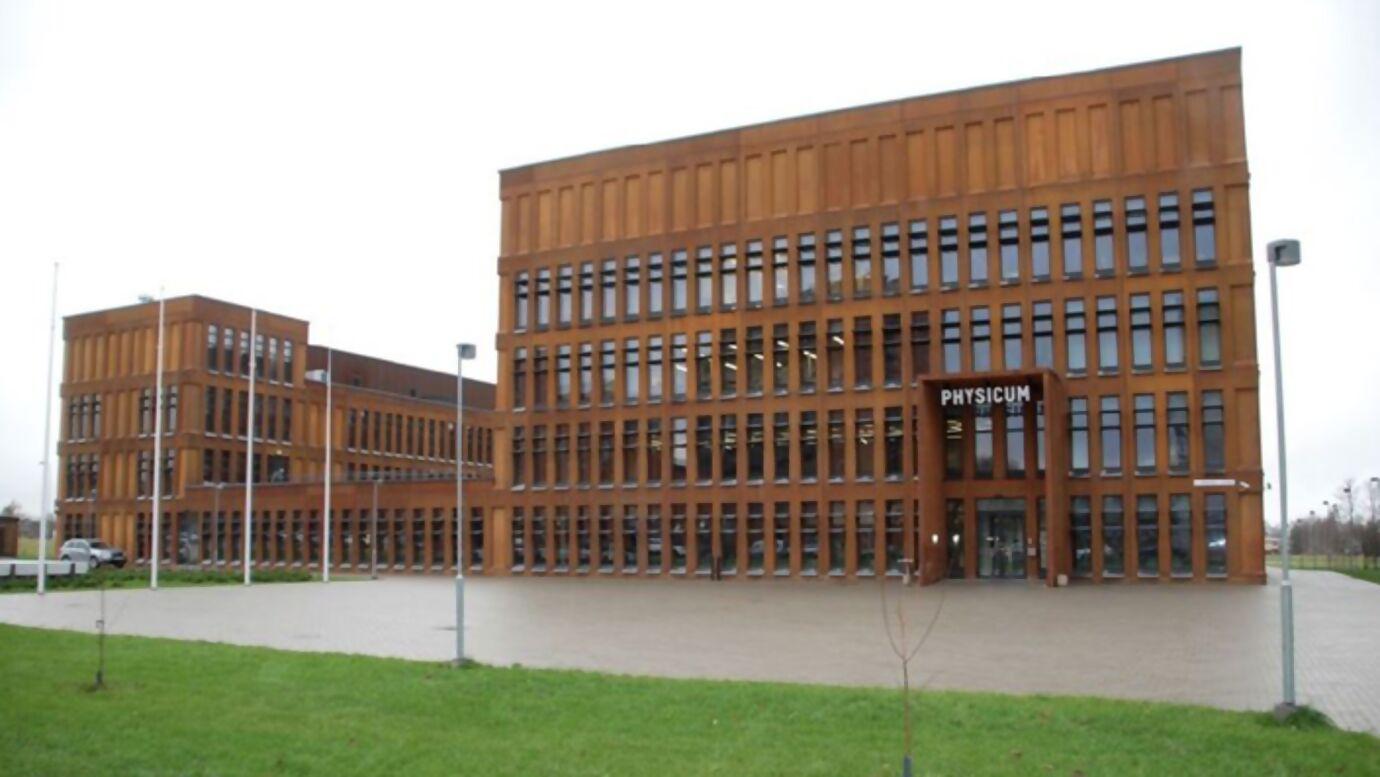 Tartu_University_Institute_of_Physics_8_Estonia_1.jpg