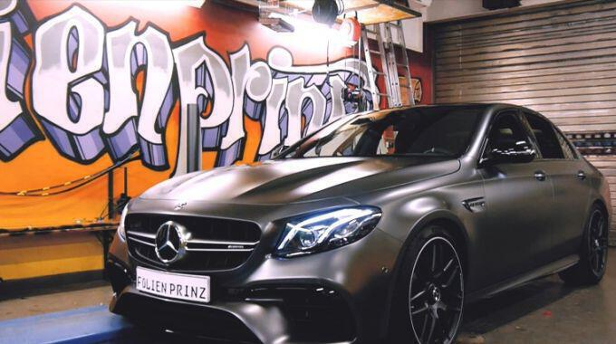 Folierter Mercedes